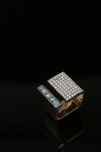 web-ps-open-cube-ring-with-round-dia-pave-and-emerald-cut-dia-channel-set